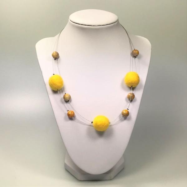 Halskette mit Filzperlen gelb, ca. 50cm