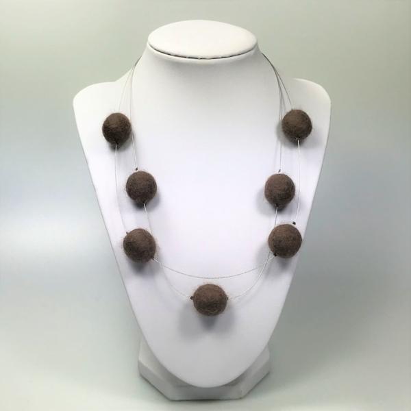 Halskette mit Filzperlen braun, ca. 50cm