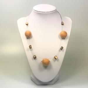 Halskette mit Filzperlen hellbraun, ca. 50cm