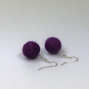 Ohrringe aus violetten Filzperlen 1,5cm
