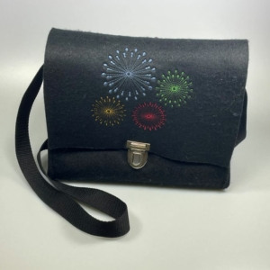 Filzhandtasche